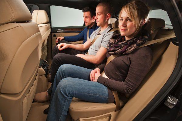 Какой выписывается штраф за лишнего пассажира в машине