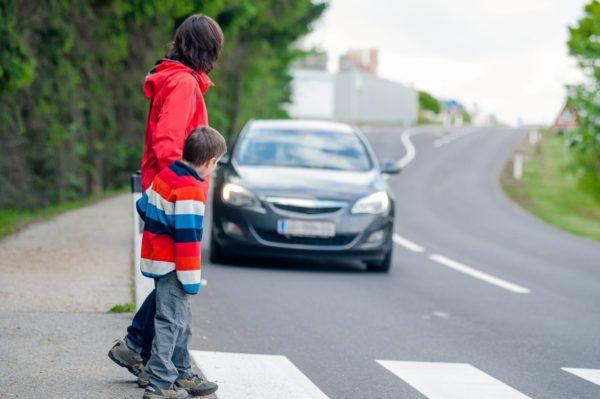 Пешеходы и авто