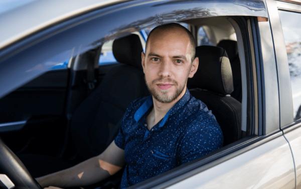 Водитель без ремня безопасности