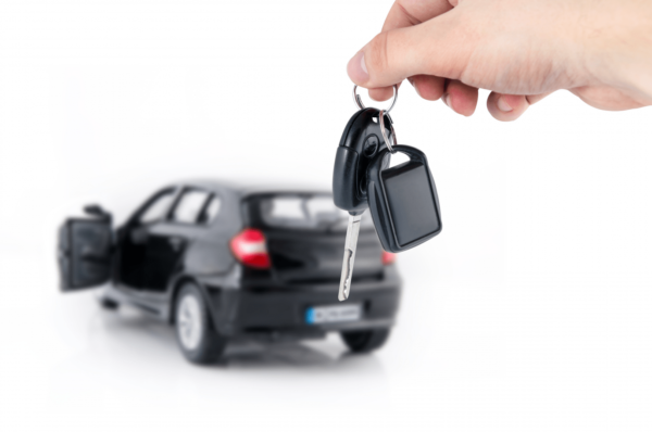 Автомобиль и ключи